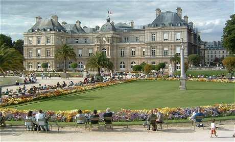 Paris Quartier Du Luxembourg